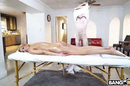 Oiled Mommy Fucked On Massage Table