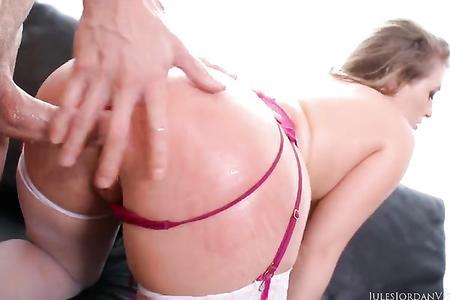 Thick ass asshole blonde Harley Jade ruthlessly chop a huge dick