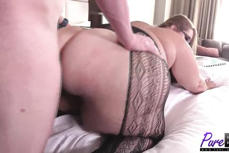 Submissive ssbbw loves cock