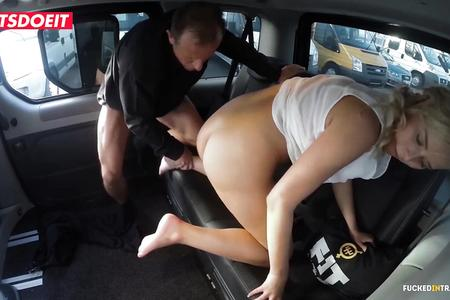 VIP SEX VAULT - Taxi Guy Gets Lucky With Big Ass Blonde Nikky Dream