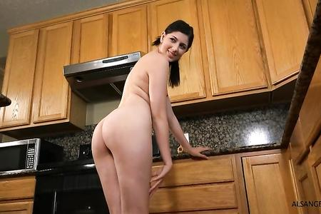 KINKY PHOTOSHOOT IN THE KITCHEN